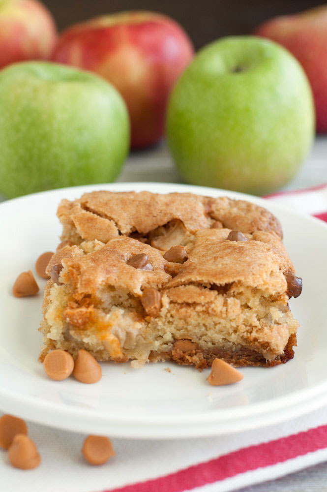 How Thick Will Fresh Apple Cake Mixture Be