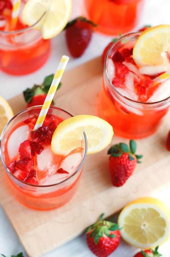 how to make strawberry lemondae