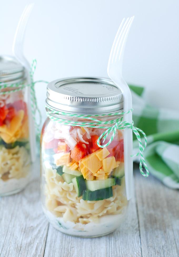 mason jar salad shakers