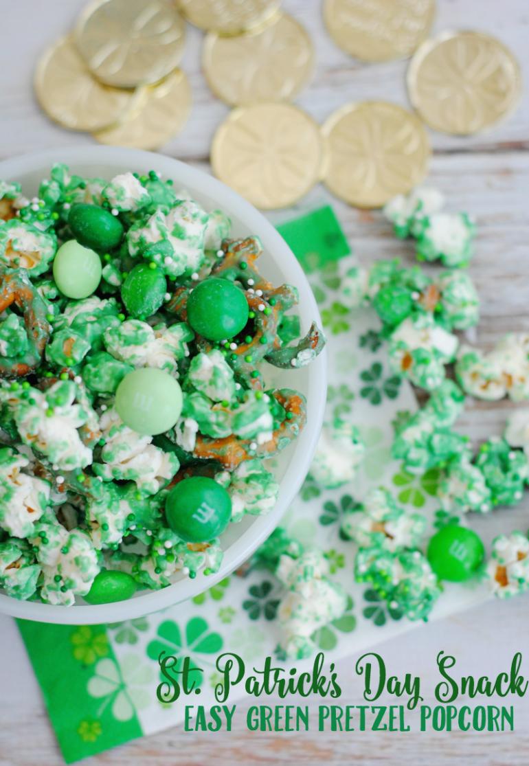 Green pretzel snack with popcorn.
