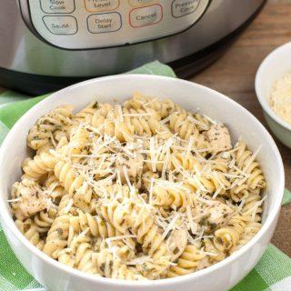 Instant Pot Chicken Pesto Pasta