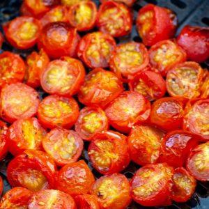 Hava fritözünde domates.