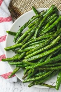 Green beans on a plate.