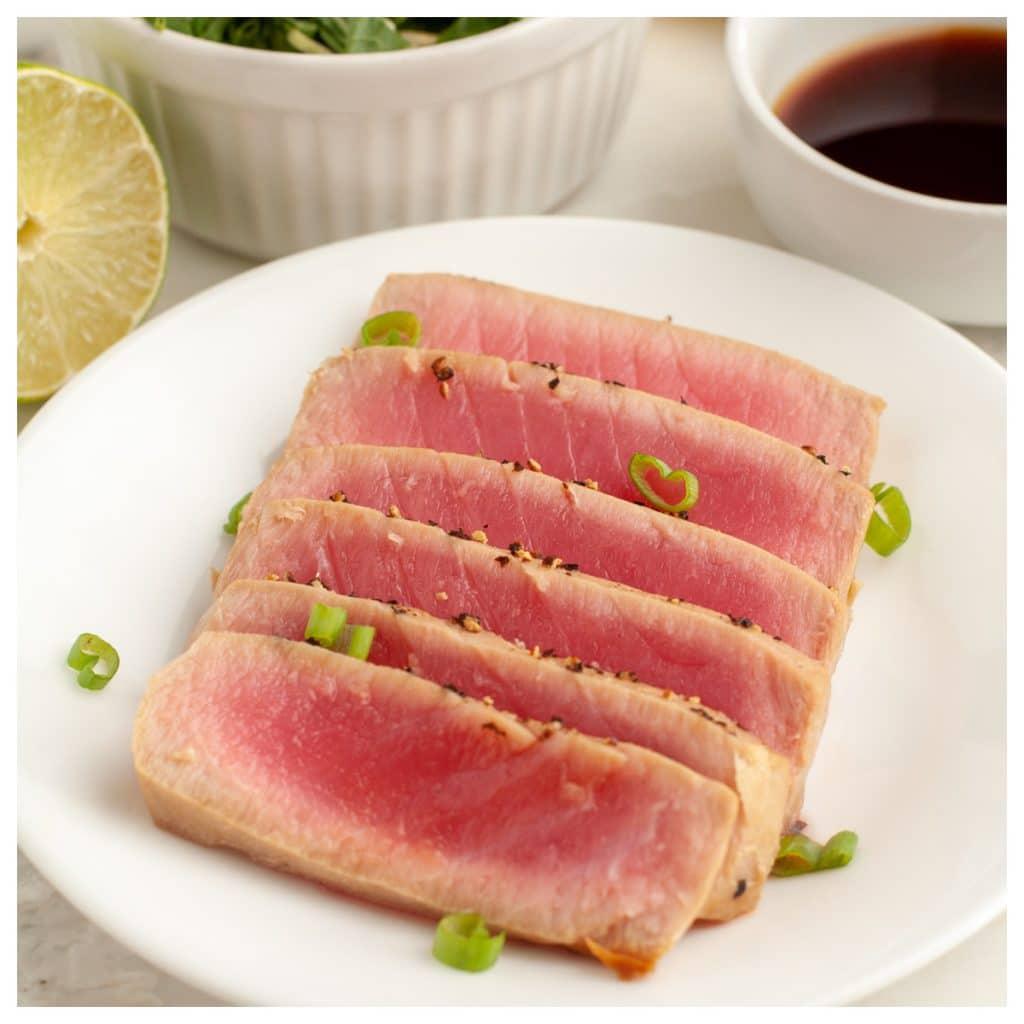 Plate of sliced tuna.